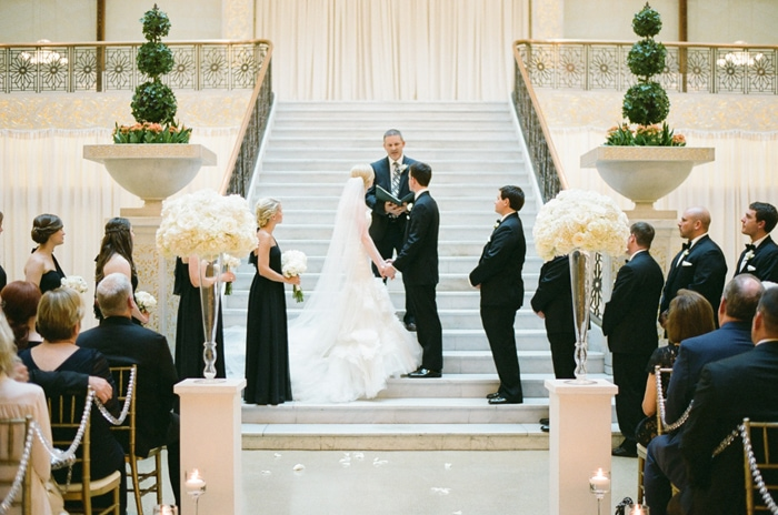 the-rookery-chicago-summer-wedding-22