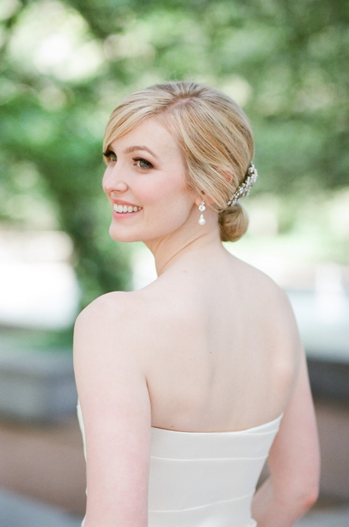 Bridal portraits at The Rookery in Chicago