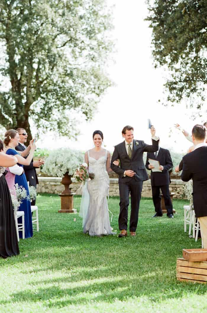 Just Married Wedding Couple At Borgo Pignano In Tuscany In Italy With Sposiamovi Events
