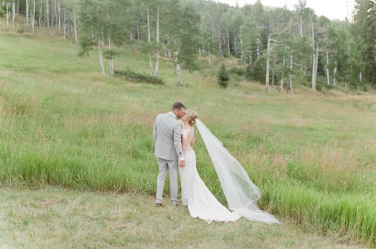 eaton-ranch-vail-summer-wedding_38