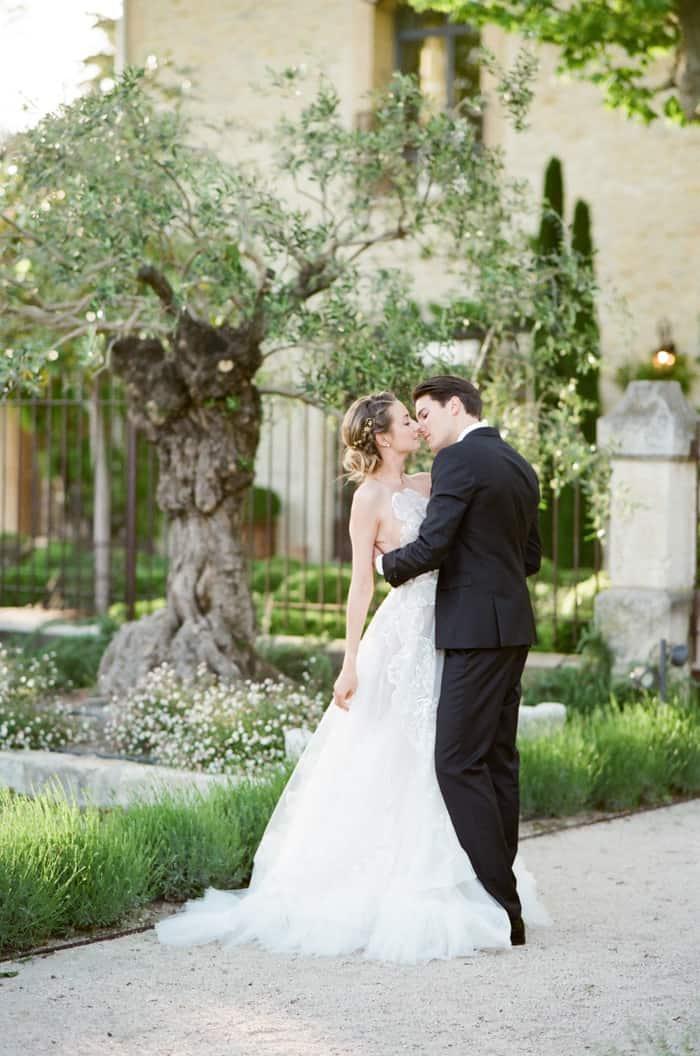 Happy Wedding Couple At Le Clos Saint Esteve At Tamara Gruner Workshops
