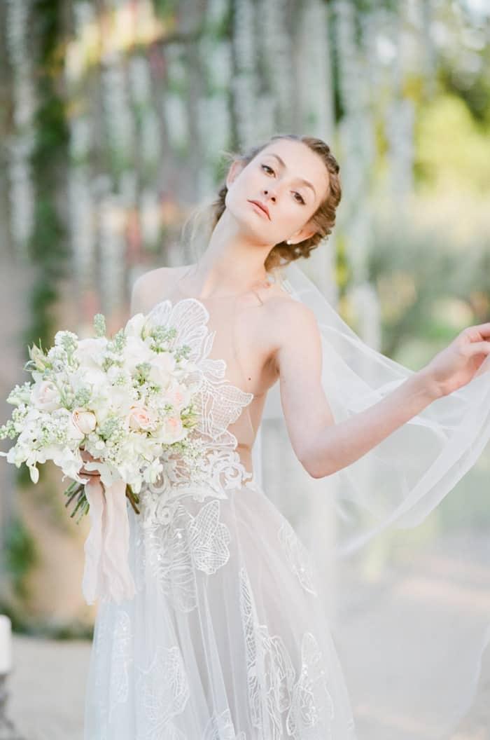 Bride With Her Bouquet At Le Clos Saint Esteve At Tamara Gruner Workshops