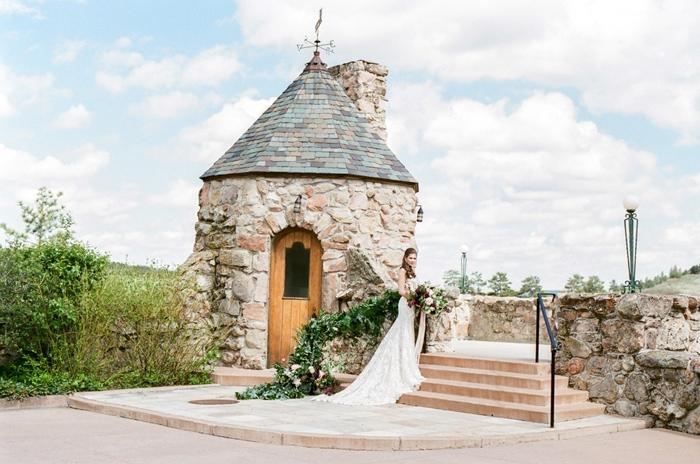 cherokee-ranch-and-castle-summer-wedding-1