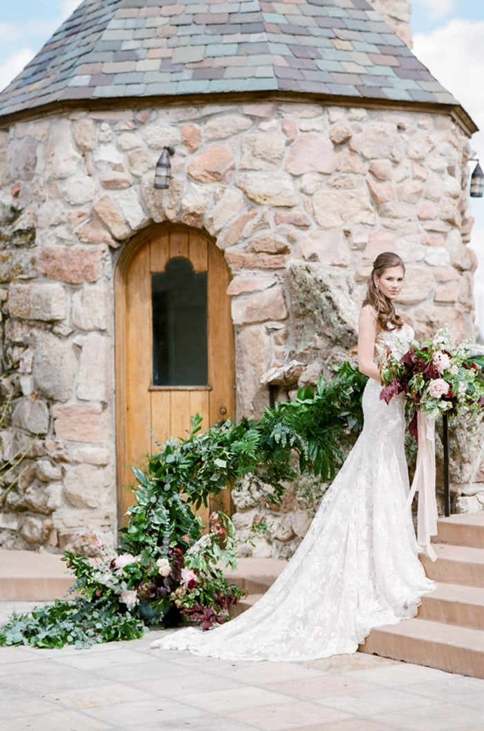 cherokee-ranch-and-castle-summer-wedding-12