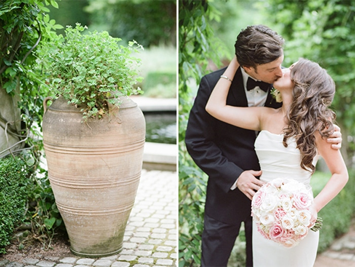 Wedding couple kissing in the Chicago Botanic Garden