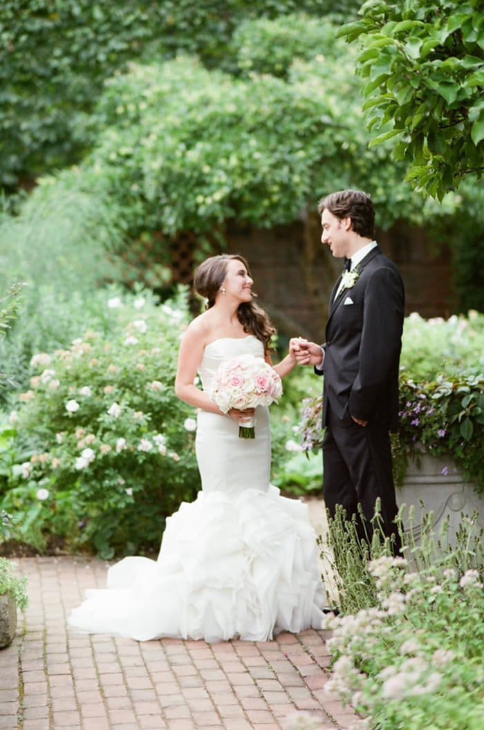 Bride and groom on their wedding day at the Chicago Botanic Garden