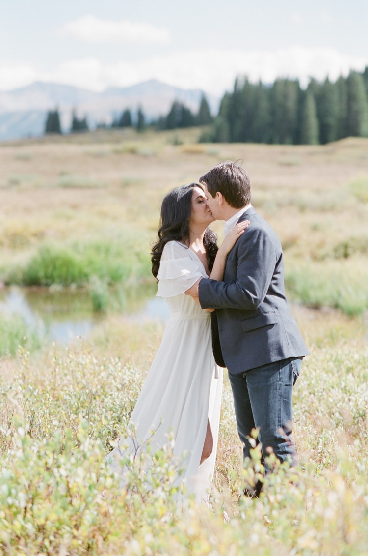 vail-valley-summer-engagement-17