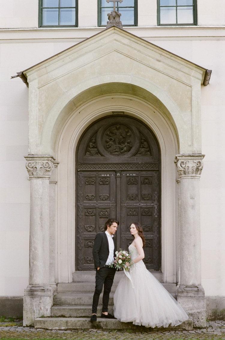 Romantic Old World wedding portrait in Munich Germany