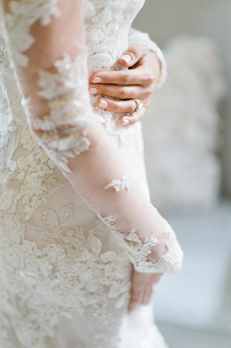 Custom wedding dress with sleeveless bodice lace fabric