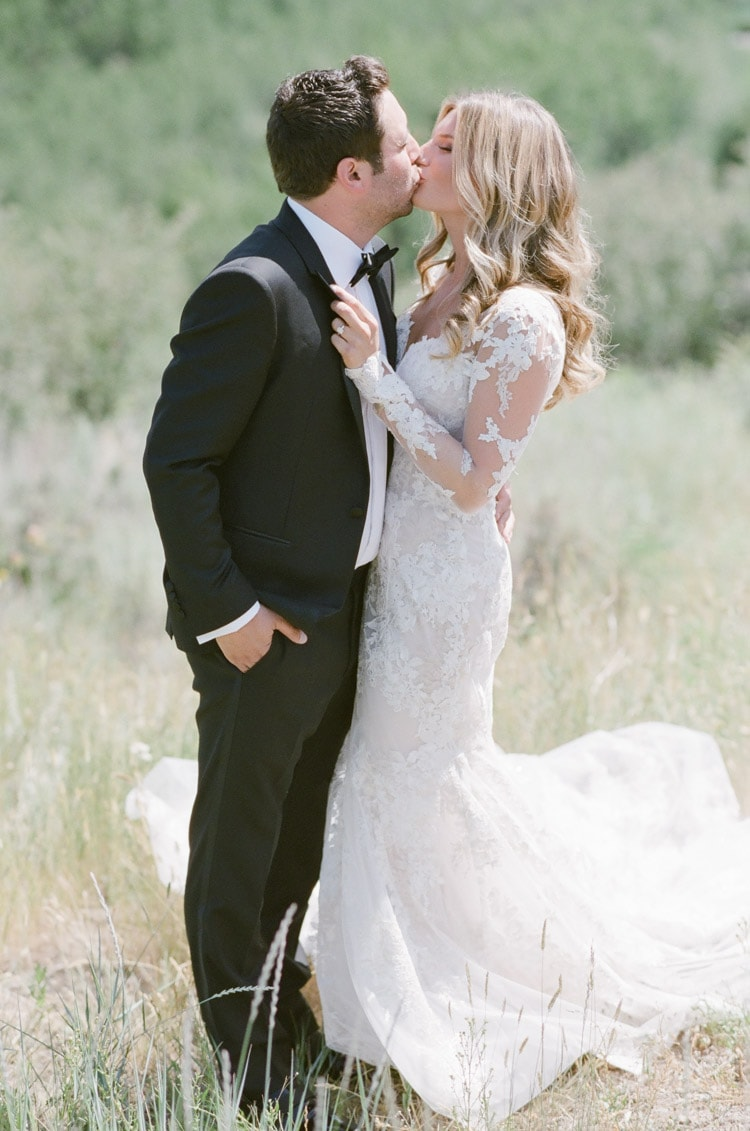 Marriage couple kissing in Colorado