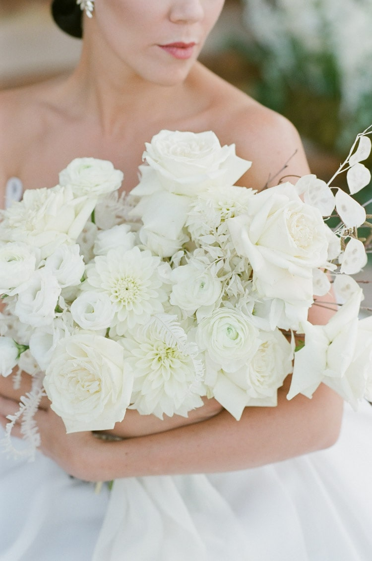 Details of white flowers in bouquet