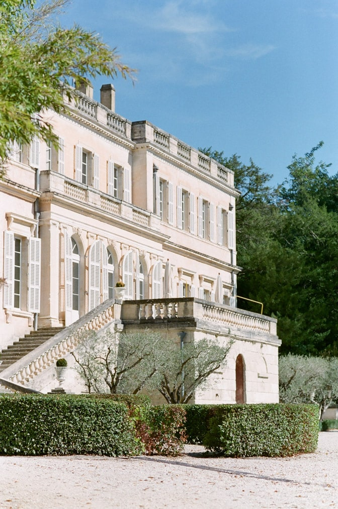Stairs leading up to the entrance of Château Martinay in France