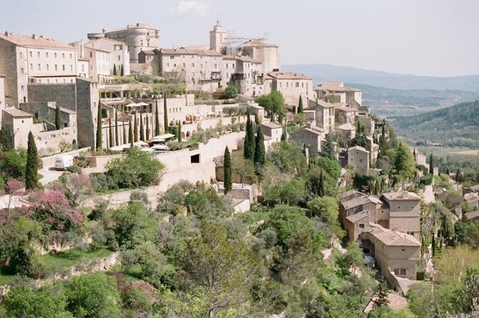 A luxury destination wedding photographer's tour to Provence