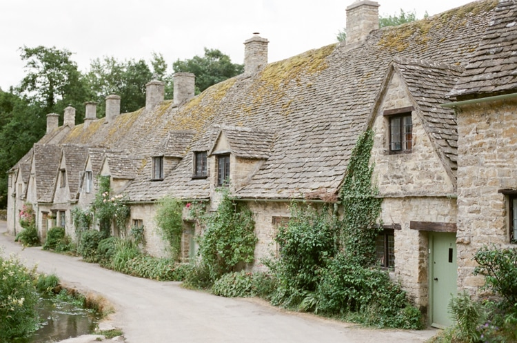 Image depicting Arlington Row a rowof beautiful weaver's cottages in Bibury in the Cotswolds