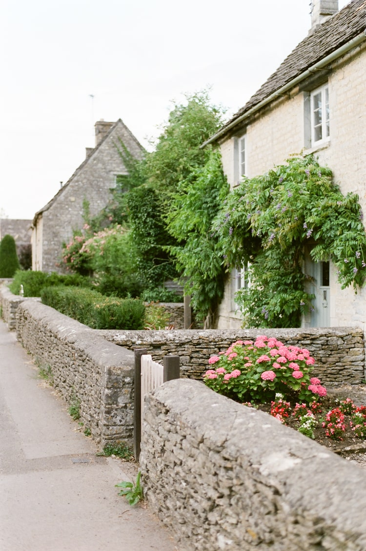 A house with garden in Cirencester in the Cotswolds in England