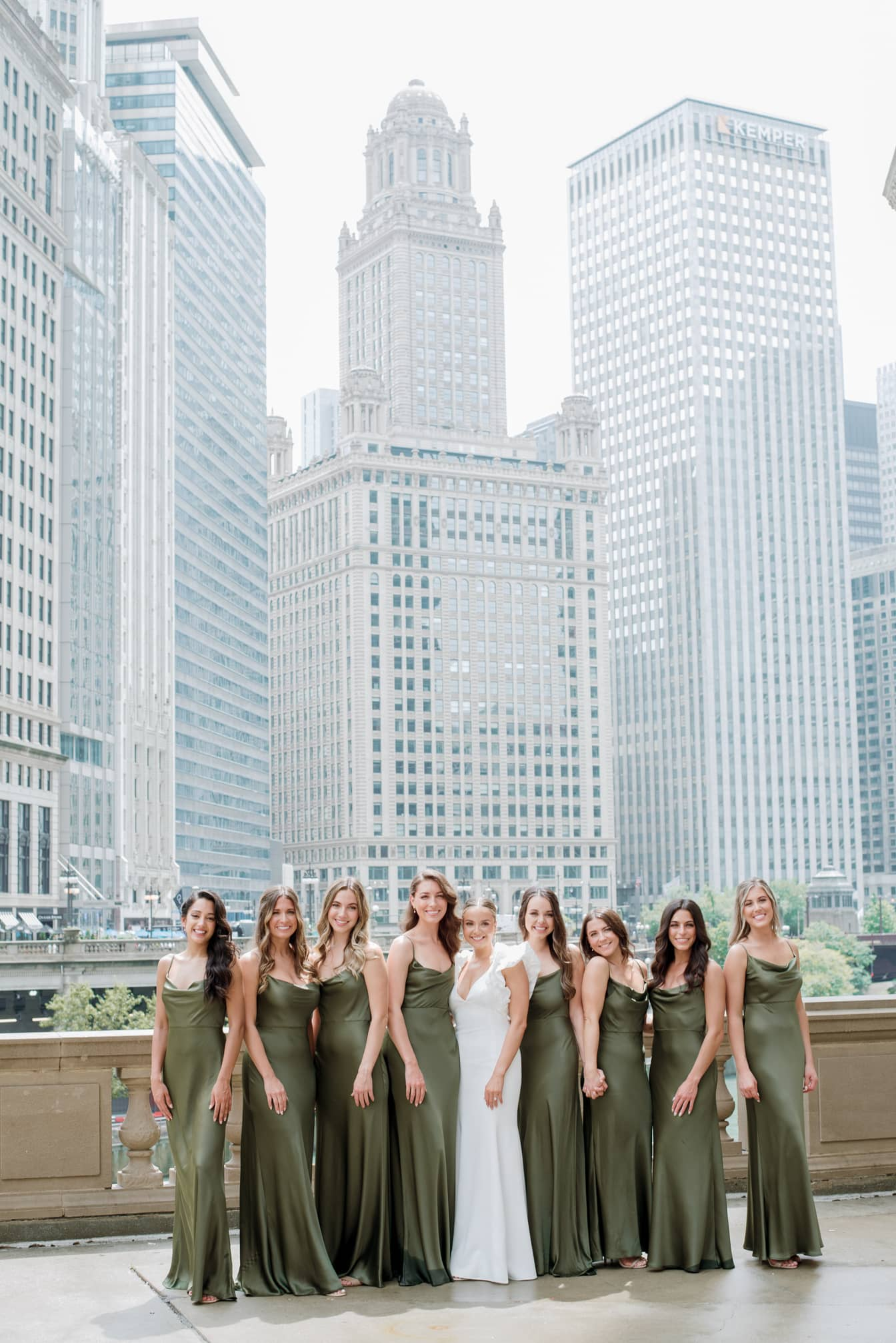 Bride and her bridesmaids at the Wrigley Building in Chicago