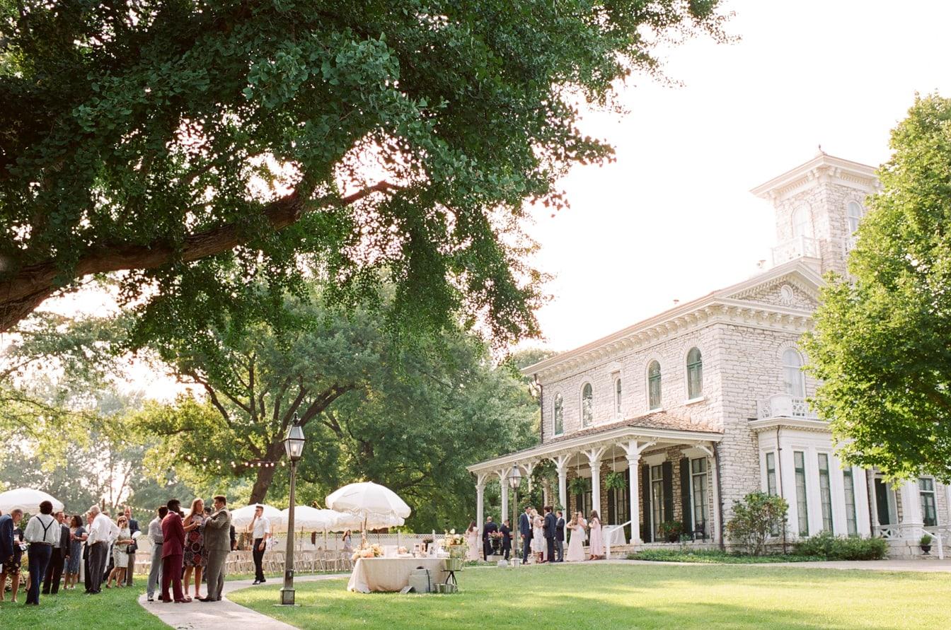 The-Oakland-House-St-Louis-Missouri-Summer-Wedding-38
