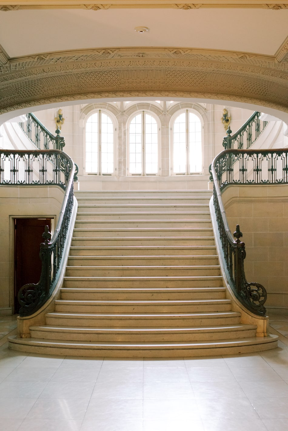 Grand stairs at Armour House